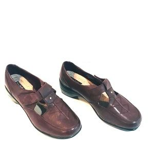 Woman's leather shoes by Thom McAn